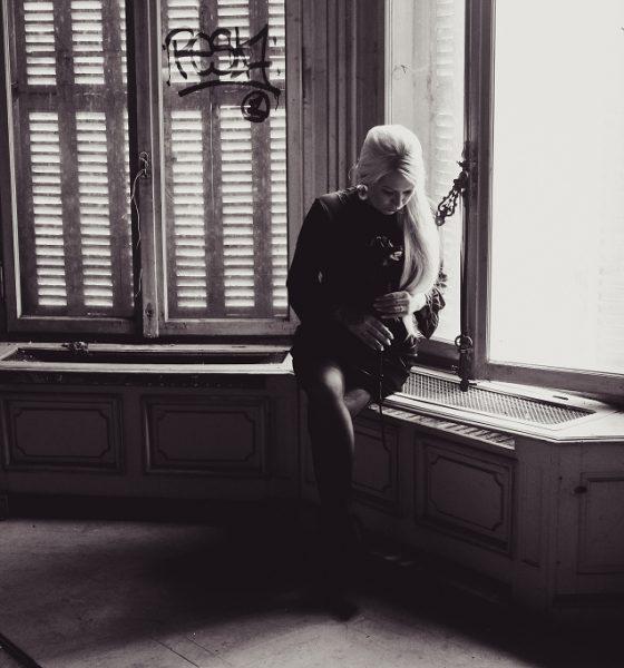 Black Velvet Dress – Die Rückkehr von Samt